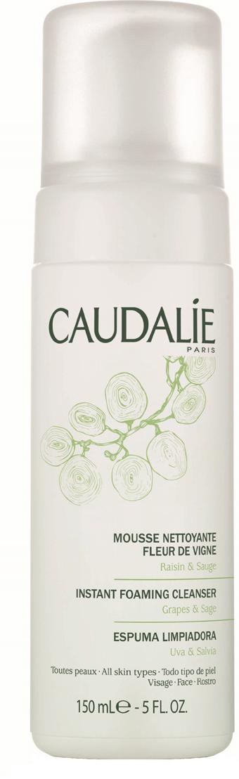 Caudalie Очищающий мусс Fleur De Vigne Cleanser & Toners, 150 мл140Прозрачный лосьон Caudalie превращается в легкий мусс, чтобы подарить вам удовольствие от умывания. Мусс не содержит мыла, состоит из очищающей нежной основы натурального происхождения, не нарушает естественный баланс кожи и дарит ей чувство комфорта. Мягко очищенная от загрязнений, кожа становится свежей, нежной и ухоженной. Формула мусса на 98,7% состоит из ингредиентов натурального происхождения. Основные компоненты: экстракт красного винограда, экстракт шалфея, растительный глицерин. Характеристики:Объем: 150 мл. Артикул: 140. Производитель: Франция. Товар сертифицирован.