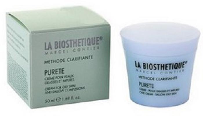 LaBiosthetique Крем Methode Clarifiante для жирной, а также воспаленной жирной кожи с успокаивающим эффектом, 50 млLB2300Крем быстро устраняет проблемы жирной, воспаленной кожи, склонной к угревой сыпи. Средство хорошо впитывается, не оставляет жирной пленки, не закупоривает поры, содержит активные вещества растительного происхождения, которые смягчают и увлажняют кожу, повышают ее упругость, активно питают и разглаживают, снимают раздражение и шелушение, регулируют работу сальных желёз, устраняют угревую сыпь и мелкие рубцы. Кроме того, в крем включен Комплекс NMF - улучшающий метаболизм кожи и нормализующий уровень ее увлажнения.В результате, кожа очищается от прыщиков и красных пятен, становится матовой, без жирного блеска и получает ощущение легкости и комфорта.