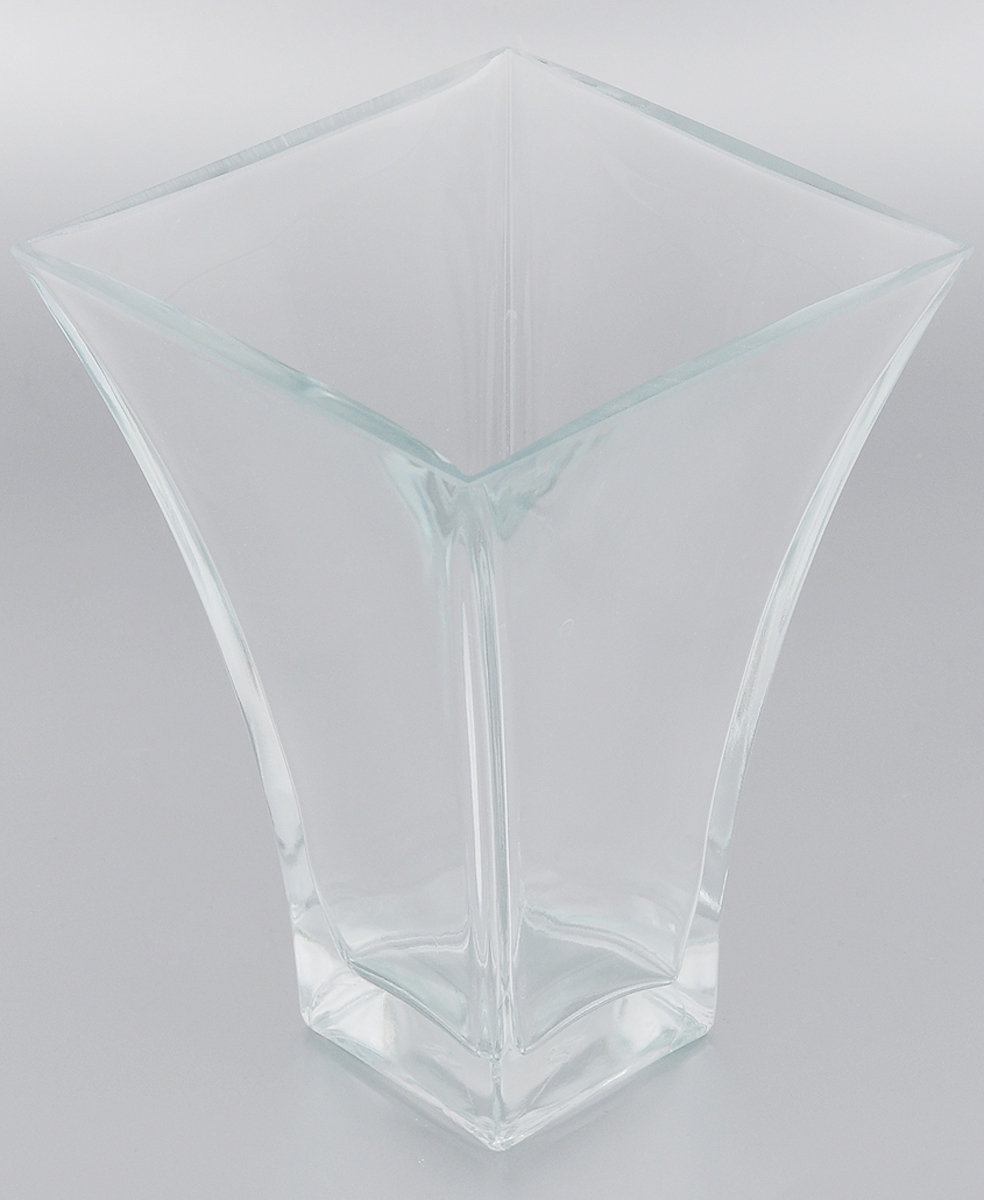 """Элегантная ваза Pasabahce """"Botanica""""  выполнена из высококачественного натрий-кальций- силикатного стекла. Изделие придется по вкусу и ценителям  классики, и тем, кто предпочитает утонченность  и изящность. Вы можете поставить вазу в любом  месте, где она будет удачно смотреться и  радовать глаз.  Такая ваза подойдет для декора интерьера.  Кроме того - это отличный вариант  подарка для ваших близких и друзей. Можно мыть в  посудомоечной машине. Высота вазы: 20 см. Размер вазы (по верхнему краю): 14,5 х 14,5 см."""