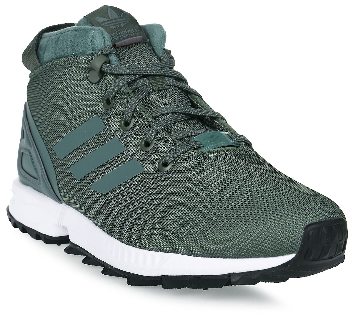 Кроссовки для мальчика adidas ZX Flux 5/8 Tr J, цвет: хаки. BY9061. Размер 38,5BY9061Кроссовки от Adidas придутся по душе вашему ребенку. Верх обуви, изготовленный из текстиля, оформлен литыми полосками из термополиуретана и фирменной нашивкой на язычке. Классическая шнуровка надежно зафиксирует изделие на ноге. Неопреновая вставка на пятке обеспечивает дополнительную поддержку стопы. Модель с меховой подкладкой дополнена цепкой трейловой подошвой для устойчивости на скользких поверхностях. Утеплитель PrimaLoft® продолжает греть даже во влажном состоянии; комфортная и функциональная стелька с антимикробным покрытием. Стильные кроссовки займут достойное место в гардеробе вашего ребенка.