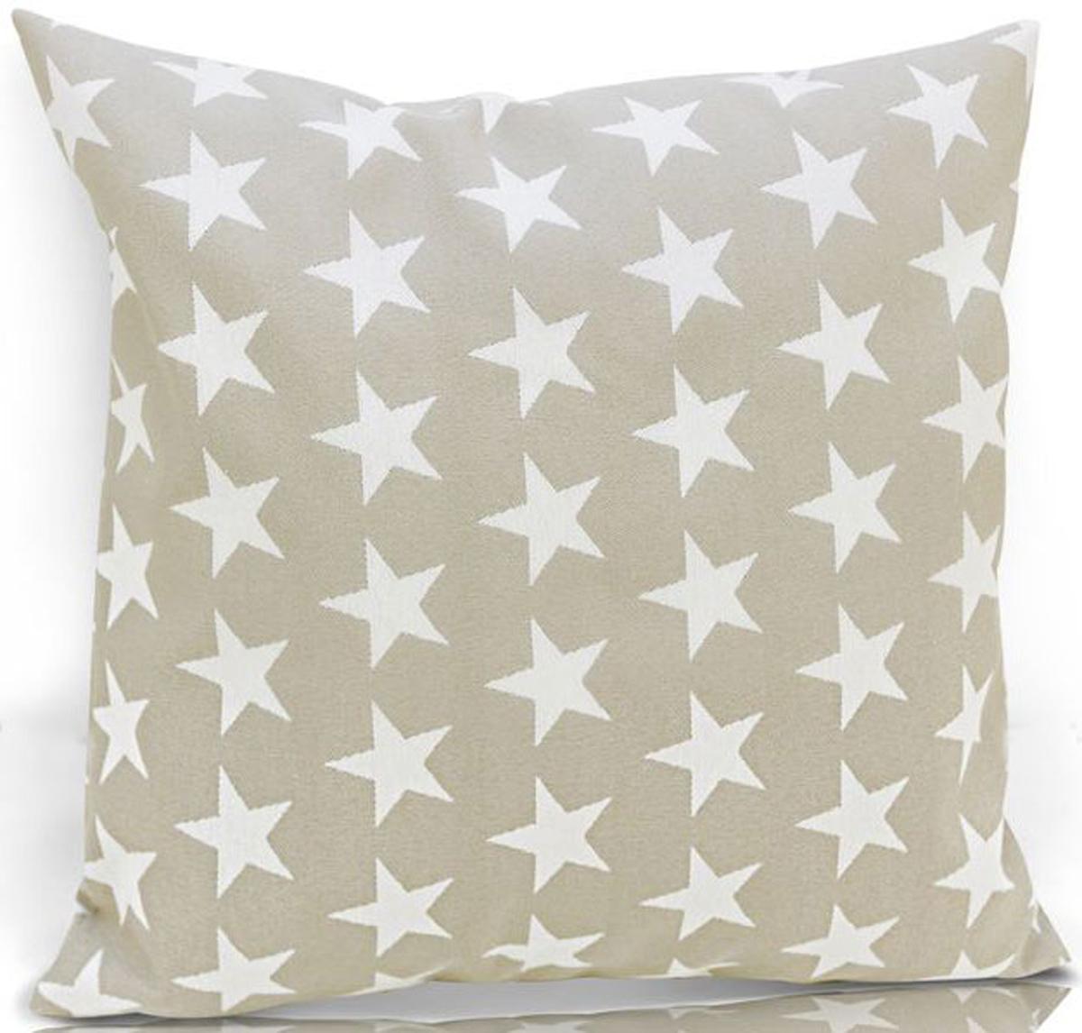 """Декоративная подушка KauffOrt """"Дели"""" - это аксессуар, способный украсить и оживить интерьер любой комнаты. С ее помощью, вы сможете подчеркнуть общее стилистическое решение комнаты и грамотно расставить цветовые акценты. Дополните ваш диван или кровать этой подушкой, и привычная мебель станет еще уютнее, чем раньше. При этом такое изделие может стать хорошим подарком близкому человеку. Компактные размеры декоративной подушки позволяют использовать ее не только в помещении, но и брать с собой в дорогу. Чехол подушки выполнен из жаккарда и украшен стильным рисунком. В качестве наполнителя выступает, скрепленный термостежкой холлофайбер.  Размер: 40 х 40 см."""