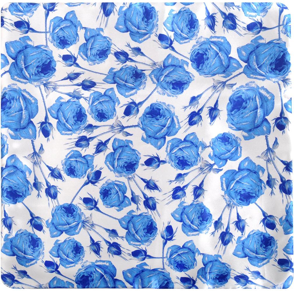 """Декоративная подушка """"Home Queen"""" прекрасно дополнит интерьер вашей комнаты. Наволочка подушки выполнена из гладкого и шелковистого на ощупь сатина с красочным рисунком в виде голубых роз на белом фоне. Благодаря молнии наволочка легко снимается, поэтому ее можно постирать. Внутри мягкий наполнитель из холофайбера.  Красивая оригинальная подушка с эффектным рисунком подходит для любого современного или классического интерьера.   Материал наволочки: сатин (100% полиэстер).  Наполнитель: холофайбер.  Размер подушки: 40 см х 40 см."""