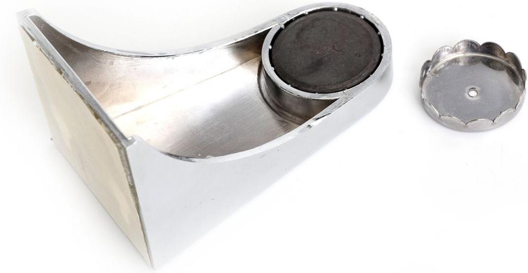 Мыльница магнитная Bradex ГигиенаTD 0368Надоело мыть руки размокшим мылом, которое вечно разваливается на куски? Раздражает закисшая вода в мыльнице и постоянные подтеки на раковине? Решите эту проблему раз и навсегда, установив магнитную мыльницу Bradex Гигиена! Оригинальное и функциональное приспособление имеет массу достоинств. Оно обеспечивает максимальную гигиеничность: никакой закисшей воды, грибка и плесени. Мыло сохнет в 4 раза быстрее, чем в обычной мыльнице, а значит, не размякает и не разваливается. Мыльница легко устанавливается, удобна в уходе и отлично вписывается в современный дизайн ванной комнаты.