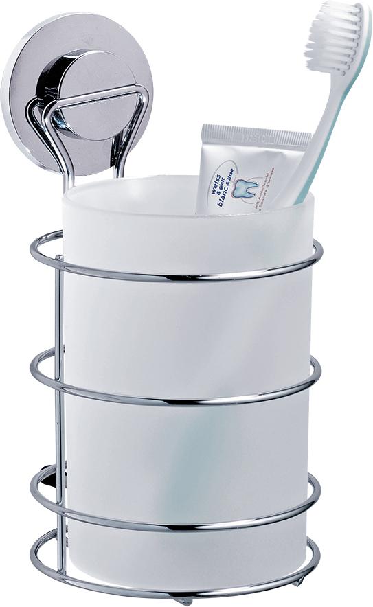Стакан для ванной комнаты Tatkraft Wild Power, цвет: хром17153Стакан для ванной комнаты Tatkraft Wild Power, изготовленный из матового пластика, крепится к стене при помощи стального хромированного держателя на вакуумной присоске. Оригинальная патентованная система вакуумной присоски доработана с учетом природных особенностей гигантского осьминога Дофлейна. Быстро и надежно устанавливается на любой воздухонепроницаемой поверхности: плитка, стекло, металл и др. В случае необходимости изделие легко можно перевесить, поддев присоску острым предметом.Стакан для ванной комнаты Tatkraft Wild Power прекрасно подойдет к интерьеру ванной комнаты.