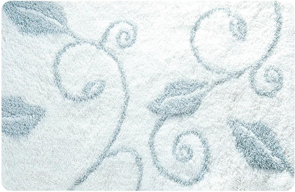 Коврик для ванной Iddis Frost, цвет: белый, 70 х 120 смMID100AКоврик для ванной комнаты Iddis выполнен из акрила. Коврик имеет специальную латексную основу, благодаря которой он не скользит на напольных покрытия в ванной, что обеспечивает безопасность во время использования. Коврик изготавливается по специальным технологиям машинного ручного тафтинга, что гарантирует высокое качество и долговечность.Высота ворса: 2,5 см.