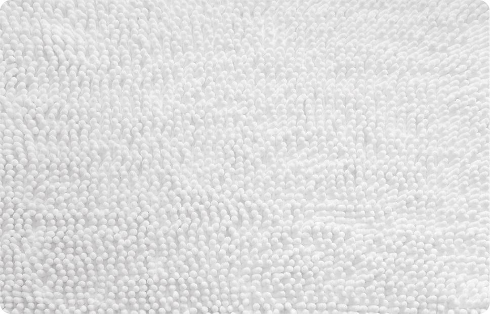 Коврик для ванной Iddis White leaf, цвет: белый, 50 х 80 см650M580i12Коврик для ванной комнаты Iddis выполнен из микрофибры. Коврик имеет специальную основу, благодаря которой он не скользит на напольных покрытия в ванной, что обеспечивает безопасность во время использования. Коврик изготавливается по специальным технологиям машинного ручного тафтинга, что гарантирует высокое качество и долговечность.Антискользящее покрытие: Hot Melt. Высота ворса: 2 см.