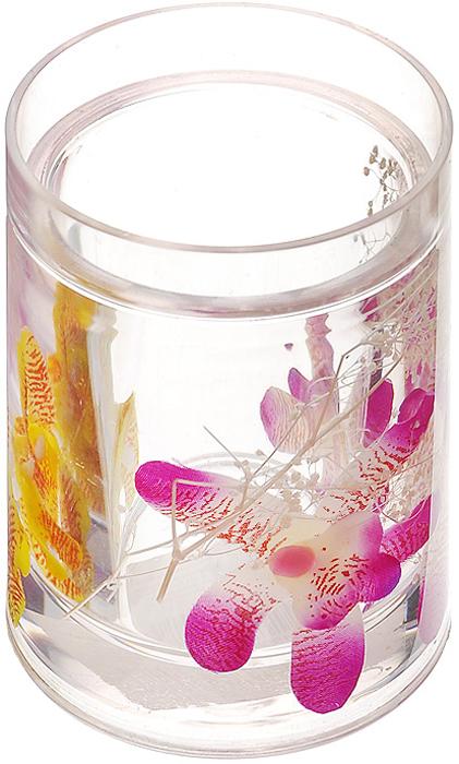 Стаканчик Орхидея337-01Стаканчик Орхидея, изготовленный из прозрачного пластика, отлично подойдет для вашей ванной комнаты. Внутри стакана прозрачный гелевый наполнитель с фиолетовыми и желтыми орхидеями. Стаканчик создаст особую атмосферу уюта и максимального комфорта в ванной. Характеристики: Материал: пластик, акрил, гелевый наполнитель. Цвет: белый, фиолетовый, желтый, красный. Диаметр стаканчика по верхнему краю: 7,3 см. Высота стаканчика: 10,5 см. Производитель: Швеция. Изготовитель: Китай. Размер упаковки: 8,5 см х 8,5 см х 12,5 см. Артикул: 337-01.