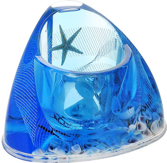 """Ершик для унитаза """"Seastar Blue"""" выполнен из пластика с жестким ворсом. Он хранится в специальной пластиковой подставке. Внутри подставки и ершика голубой гелевый наполнитель с ракушками и морскими звездами. Ершик отлично чистит поверхность, а грязь с него легко смывается водой. Стильный дизайн изделия притягивает взгляд и прекрасно подойдет к интерьеру туалетной комнаты. Характеристики:  Материал: пластик, акрил, гелевый наполнитель. Цвет: синий, голубой, белый. Длина ершика: 35,5 см. Размер подставки для ершика: 16,5 см х 13 см х 10,5 см. Размер упаковки: 14 см х 14 см х 11,5 см. Производитель: Швеция. Изготовитель: Китай. Артикул: 808-37."""