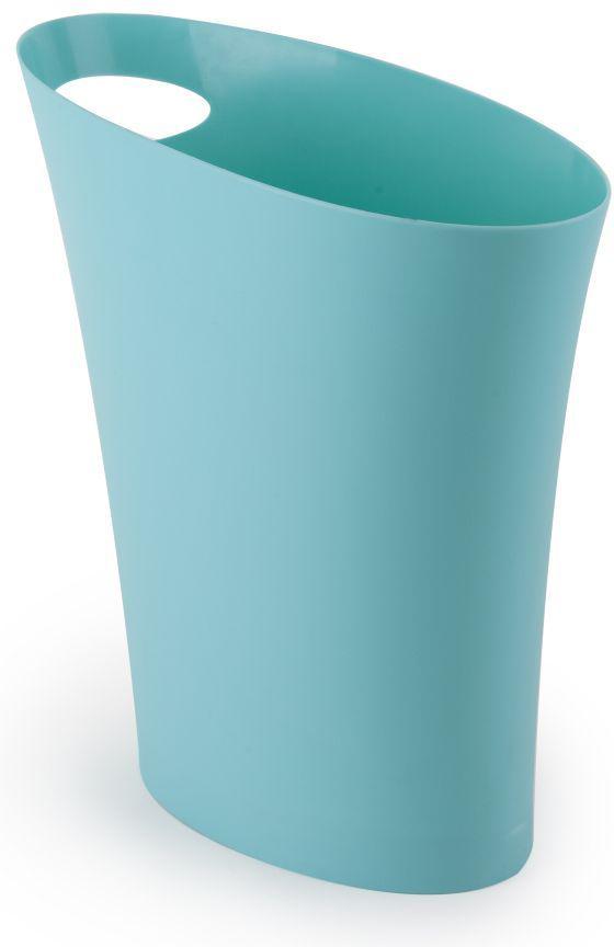 """Компактная корзина для мусора Umbra """"Skinny, которая поместится в любую узкую нишу. Например между стеной и кухонным шкафом, диваном в  гостиной и креслом или ванной и раковиной. Объем  7,5 литров. Изготовлена из полипропилена. Оснащена удобной ручкой для переноски."""
