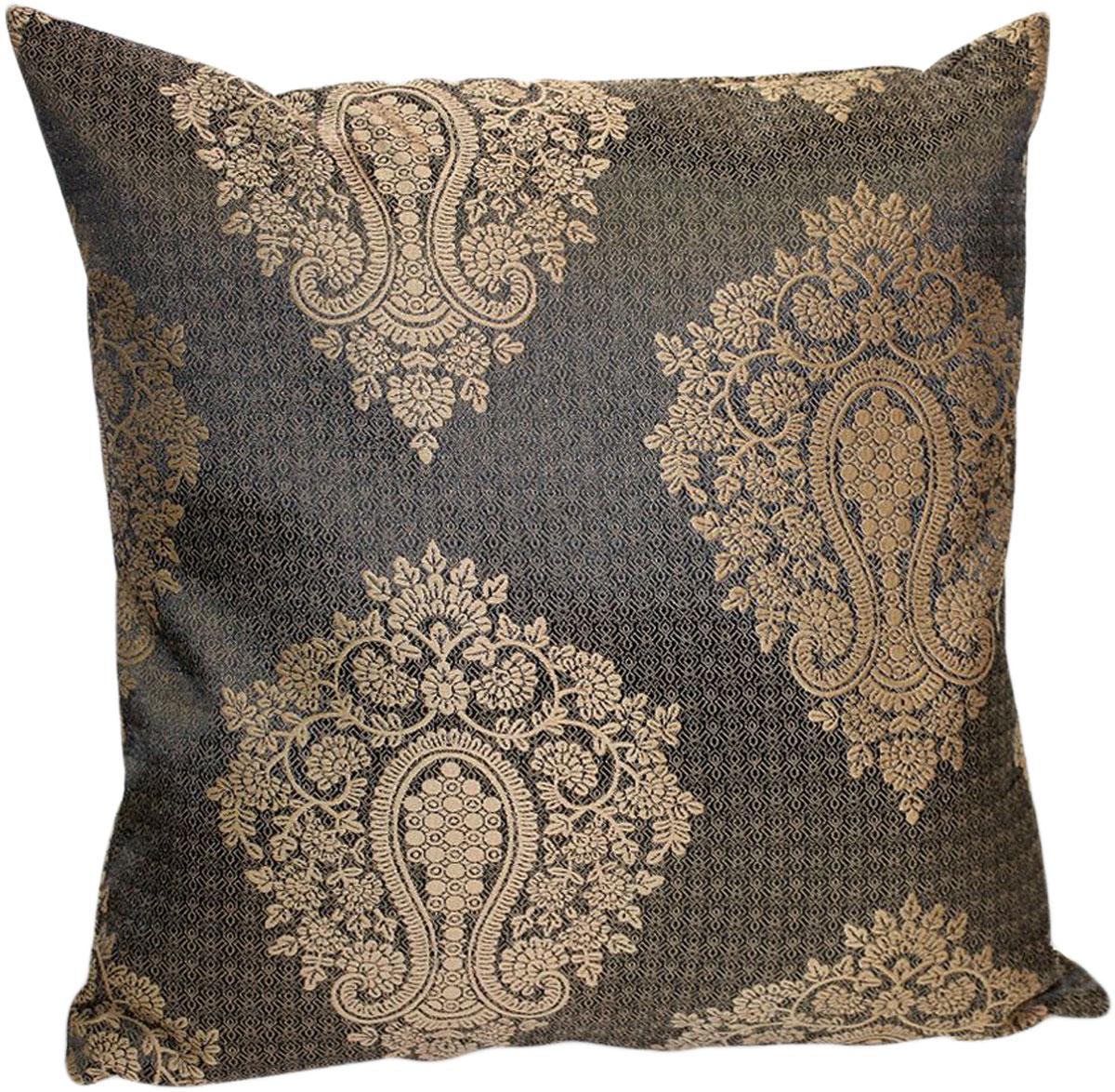 """Декоративная подушка """"Лорель"""" прекрасно дополнит интерьер спальни или гостиной. Чехол  подушки выполнен из жаккардовой ткани. Внутри находится мягкий наполнитель. Чехол легко снимается  благодаря потайной молнии."""