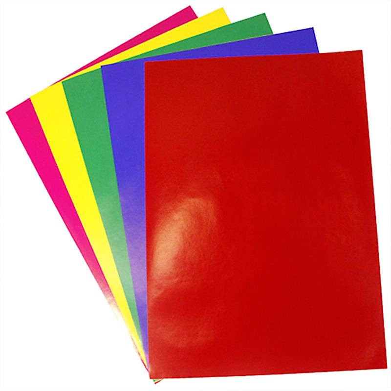 Бумага клейкая Бэстекс Глянцевая, 5 листов. 545633545633Бумага клейкая Бэстекс Глянцевая идеально подходит для творческих работ и скрапбукинга.Бумага клейкая Бэстекс Глянцевая поможет вам сохранить все важные моменты жизни на собственных изделиях из фотографий, газетных вырезок, рисунков и других памятных мелочей. Эту бумагу можно использовать как фон или для создания декоративных элементов.В наборе 5 листов.