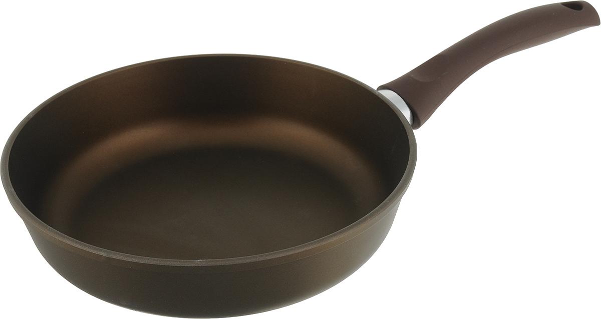 Сковорода Нева Жемчужная, цвет: коричневый. Диаметр 24 см. РG124РG124Сковорода Нева Жемчужная из литого алюминия, с 4-слойным антипригарнымпокрытием, многофункциональна и удобна в эксплуатации, в ней можно жарить, тушить и томить. Отличноподходит для приготовления гарниров и блюд с большим количеством ингредиентов.Благодаря качественному антипригарному покрытию, вы можете готовить с минимальным количеством масла. Особенности посуды серии Жемчужина:- 4-слойная антипригарная система является эталоном износостойкостиантипригарного покрытия, непревзойденного по сроку службы и длительности сохранения антипригарныхсвойств, благодаря особому составу, структуре и толщине.- в состав системы входит антипригарный слой на водной основе.- традиционно производится без использования PFOA /перфтороктановой кислоты/- равномерно нагревается за счет особой конструкции корпуса по принципу золотого сечения, толстыхстенок и еще более толстого дна.- приготовленная еда получается особенно вкусной, благодаря специфическим термоаккумулирующимсвойствам литого алюминия.- подходит для газовых, электрических и стеклокерамических плит; посуду можно мыть в посудомоечноймашине. - корпус практически не подвержен деформации даже при сильном нагреве. Длина ручки: 20 см.
