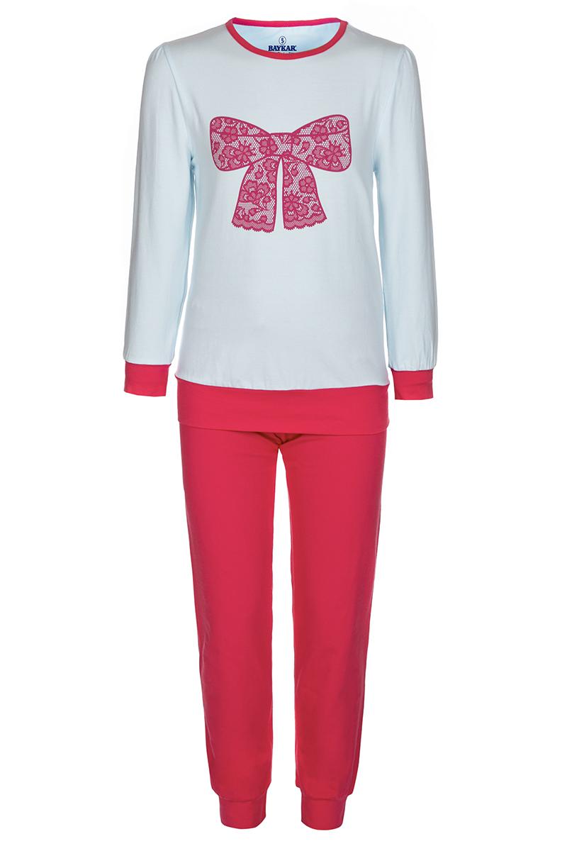 Пижама для девочки Baykar, цвет: белый, коралловый. N9005217. Размер 98/104N9005217Пижама для девочки Baykar, выполненная из мягкого трикотажа, идеально подойдет маленькой принцессе для сна и отдыха. Материал приятный к телу, не стесняет движений, хорошо пропускает воздух. Пижама состоит из футболки с длинным рукавом и брюк. Футболка с длинными рукавами и круглым вырезом горловины украшена изображением кружевного бантика. Вырез горловины оформлен эластичной бейкой. На рукавах имеются широкие манжеты. Брюки имеют на талии мягкую широкую резинку, благодаря чему они не сдавливают животик ребенка и не сползают. На брючинах предусмотрены широкие манжеты. Высокое качество исполнения и дизайн принесут удовольствие от покупки и подарят отличное настроение!