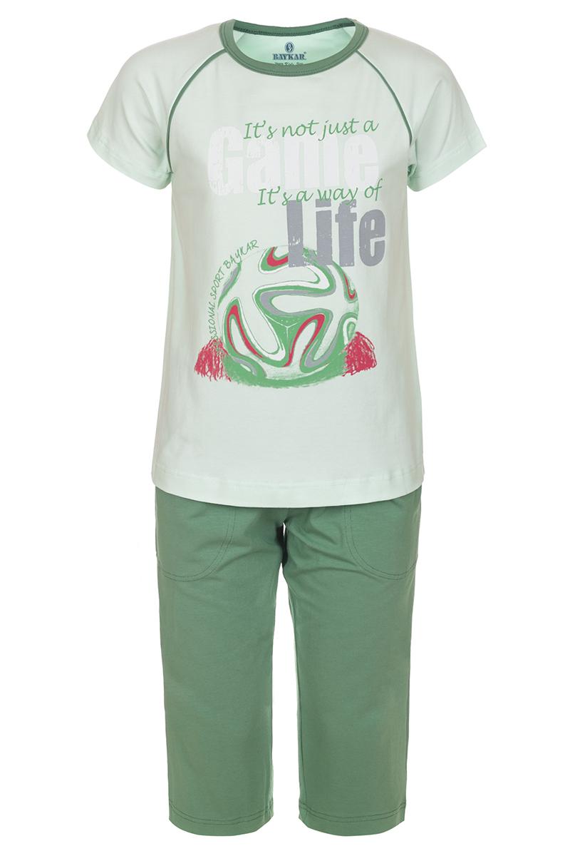 Пижама для мальчика Baykar, цвет: зеленый. N9608240. Размер 110/116N9608240Пижама для мальчика Baykar, состоящая из футболки и шорт, идеально подойдет вашему ребенку и станет отличным дополнением к детскому гардеробу. Пижама, изготовленная из эластичного хлопка, необычайно мягкая и легкая, не сковывает движения ребенка, позволяет коже дышать и не раздражает даже самую нежную и чувствительную кожу. Футболка с короткими рукавами-реглан и круглым вырезом горловины спереди декорирована принтом. Шорты прямого кроя однотонного цвета на широкой эластичной резинке не сдавливают животик ребенка и не сползают. Шорты дополнены боковыми карманами. В такой пижаме ваш маленький непоседа будет чувствовать себя комфортно и уютно во время сна.