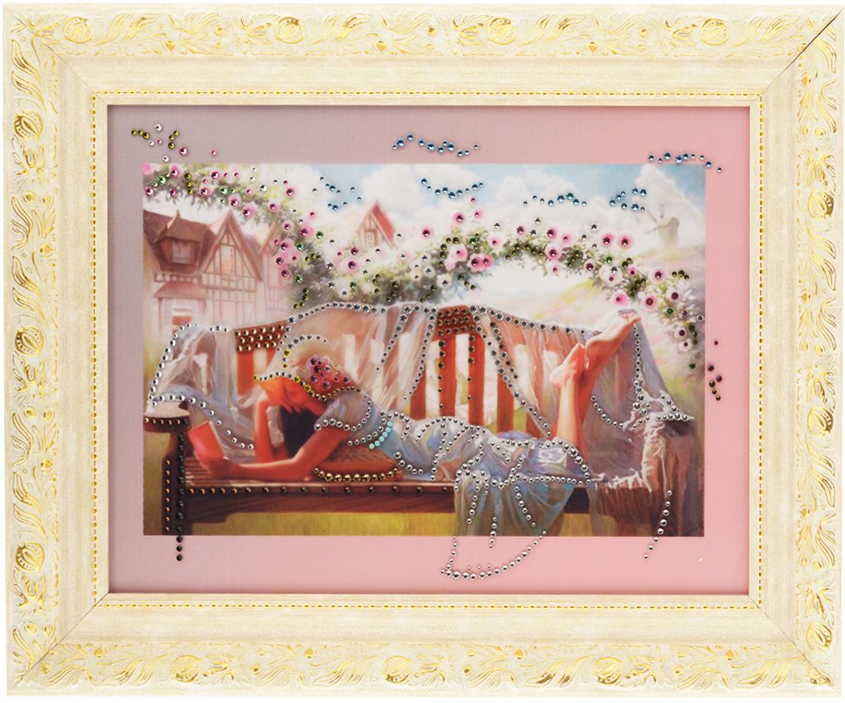 Картина с кристаллами Swarovski В саду, 50 см х 40 см1063Изящная картина в багетной раме, инкрустирована кристаллами Swarovski, которые отличаются четкой и ровной огранкой, ярким блеском и чистотой цвета. Красочное изображение девушки читающей книжку в саду, расположенное под стеклом, прекрасно дополняет блеск кристаллов. С обратной стороны имеется металлическая проволока для размещения картины на стене.Картина с кристаллами Swarovski В саду элегантно украсит интерьер дома или офиса, а также станет прекрасным подарком, который обязательно понравится получателю. Блеск кристаллов в интерьере, что может быть сказочнее и удивительнее.Картина упакована в подарочную картонную коробку синего цвета и комплектуется сертификатом соответствия Swarovski.