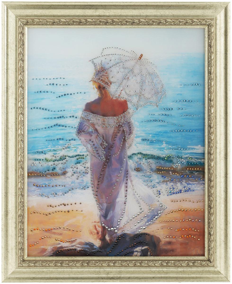 Картина с кристаллами Swarovski Влюбленная в море, 50 см х 60 см1071Изящная картина в багетной раме, инкрустирована кристаллами Swarovski, которые отличаются четкой и ровной огранкой, ярким блеском и чистотой цвета. Красочное изображение овечки, расположенное под стеклом, прекрасно дополняет блеск кристаллов. С обратной стороны имеется металлическая петелька для размещения картины на стене.Картина с кристаллами Swarovski Влюбленная в море элегантно украсит интерьер дома или офиса, а также станет прекрасным подарком, который обязательно понравится получателю. Блеск кристаллов в интерьере, что может быть сказочнее и удивительнее.Картина упакована в подарочную картонную коробку красного цвета и комплектуется сертификатом соответствия Swarovski. Количество кристаллов: 1425 шт.Размер картины: 50 см х 60 см.