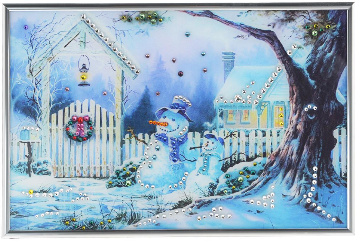 Картина с кристаллами Swarovski Зимнее утро, 31 см х 21 см1110Изящная картина в металлической раме, инкрустирована кристаллами Swarovski, которые отличаются четкой и ровной огранкой, ярким блеском и чистотой цвета. Красочное изображение зимнего дворика и снеговиков, расположенное под стеклом, прекрасно дополняет блеск кристаллов. С обратной стороны имеется металлическая петелька для размещения картины на стене. Картина с кристаллами Swarovski Зимнее утро элегантно украсит интерьер дома или офиса, а также станет прекрасным подарком, который обязательно понравится получателю. Блеск кристаллов в интерьере, что может быть сказочнее и удивительнее.Картина упакована в подарочную картонную коробку синего цвета и комплектуется сертификатом соответствия Swarovski.