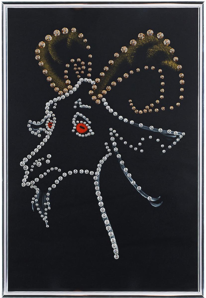 Картина с кристаллами Swarovski Подарок года, 20 х 30 см1542Изящная картина в металлической раме, инкрустирована кристаллами Swarovski, которые отличаются четкой и ровной огранкой, ярким блеском и чистотой цвета. Красочное изображение козла, расположенное под стеклом, прекрасно дополняет блеск кристаллов. С обратной стороны имеется металлическая петелька для размещения картины на стене. Картина с кристаллами Swarovski Подарок года элегантно украсит интерьер дома или офиса, а также станет прекрасным подарком, который обязательно понравится получателю. Блеск кристаллов в интерьере, что может быть сказочнее и удивительнее. Картина упакована в подарочную картонную коробку синего цвета и комплектуется сертификатом соответствия Swarovski. Количество кристаллов: 300 шт. Размер картины: 20 см х 30 см.