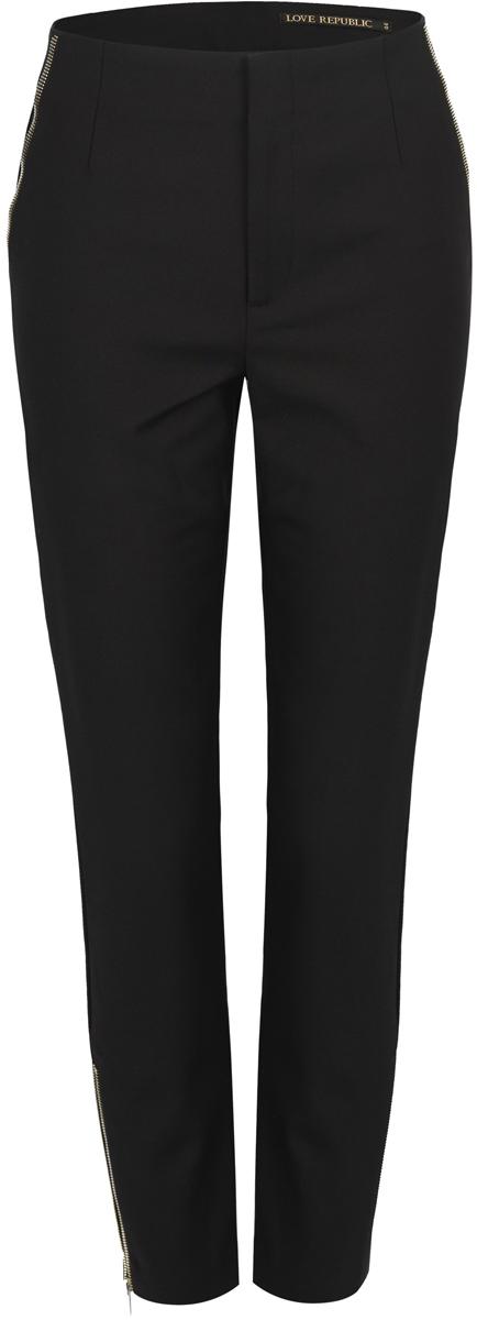 Брюки женские Love Republic, цвет: черный. 8151122712_50. Размер 448151122712_50Стильные женские брюки Love Republic выполнены из качественного материала. Укороченная модель со стандартной посадкой дополнена прорезными карманами. Брюки застегиваются на молнию. Эти брюки послужат отличным дополнением к вашему гардеробу и помогут создать современный образ.