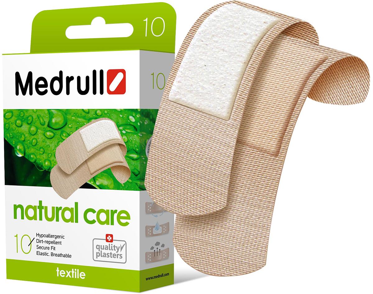 Medrull Набор пластырей Natural Care, №104742225003256Гипоаллергенные пластыри Natural Care, предназначенные для людей, кожа которых, чувствительна к факторам окружающей среды. Пластыри изготовлены из прятного для кожи эластичного, текстильного материала, в состав которого входит - 65% хлопок, 35% полиамид, благодаря чему, возможность появления аллергии снижена до минимума. Свойства пластыря: Грязенепроницаемый; Гипоаллергенный; Эластичный; Дышащий; Плотно прилегающий. Абсорбирующая подушечка обладает высокой впитываемостью. Изготовлена из вискозы. Верхняя часть подушечки обработана полипропиленом, что защищает от вероятности прилипания пластыря к поврежденной поверхности кожи.