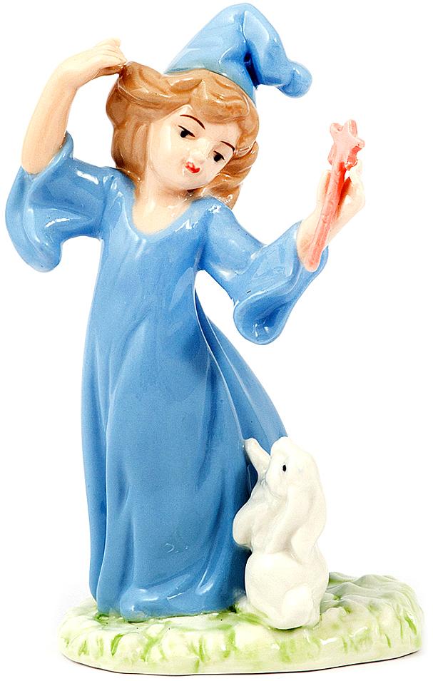 Статуэтка Ангел сна, фарфор, 18 см, цвет: голубой10397Статуэтки из фарфора никогда не выйдут из моды, они по сей день украшают современный интерьер, вызывают интерес у коллекционеров и считаются антиквариатом.