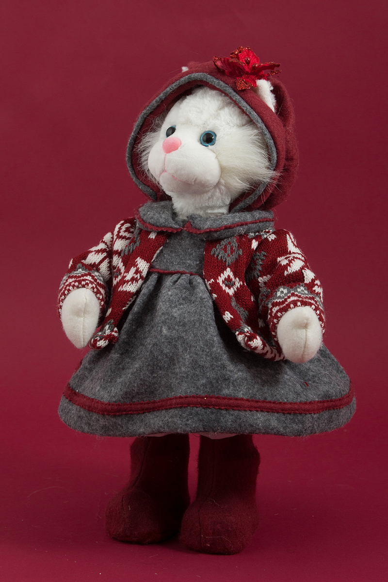Фигурка декоративная Кошка, 41 см, цвет: красный16064Сувенирные куклы служат прекрасным подарком не только для коллекционера, они дарятрадость, когда мы ими любуемся, прекрасно вписываются в любой интерьер.