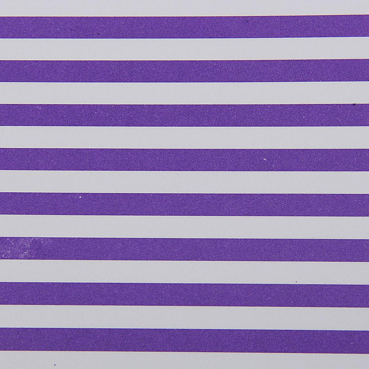Бумага упаковочная Фиолетовые полоски, 60 х 60 см. 15585401558540Любой подарок начинается с упаковки. Что может быть трогательнее и волшебнее, чем ритуал разворачивания полученного презента. И именно оригинальная, со вкусом выбранная упаковка выделит ваш подарок из массы других. Она продемонстрирует самые тёплые чувства к виновнику торжества и создаст сказочную атмосферу праздника. Бумага упаковочная Фиолетовые полоски, 60 х 60 см — это то, что вы искали.