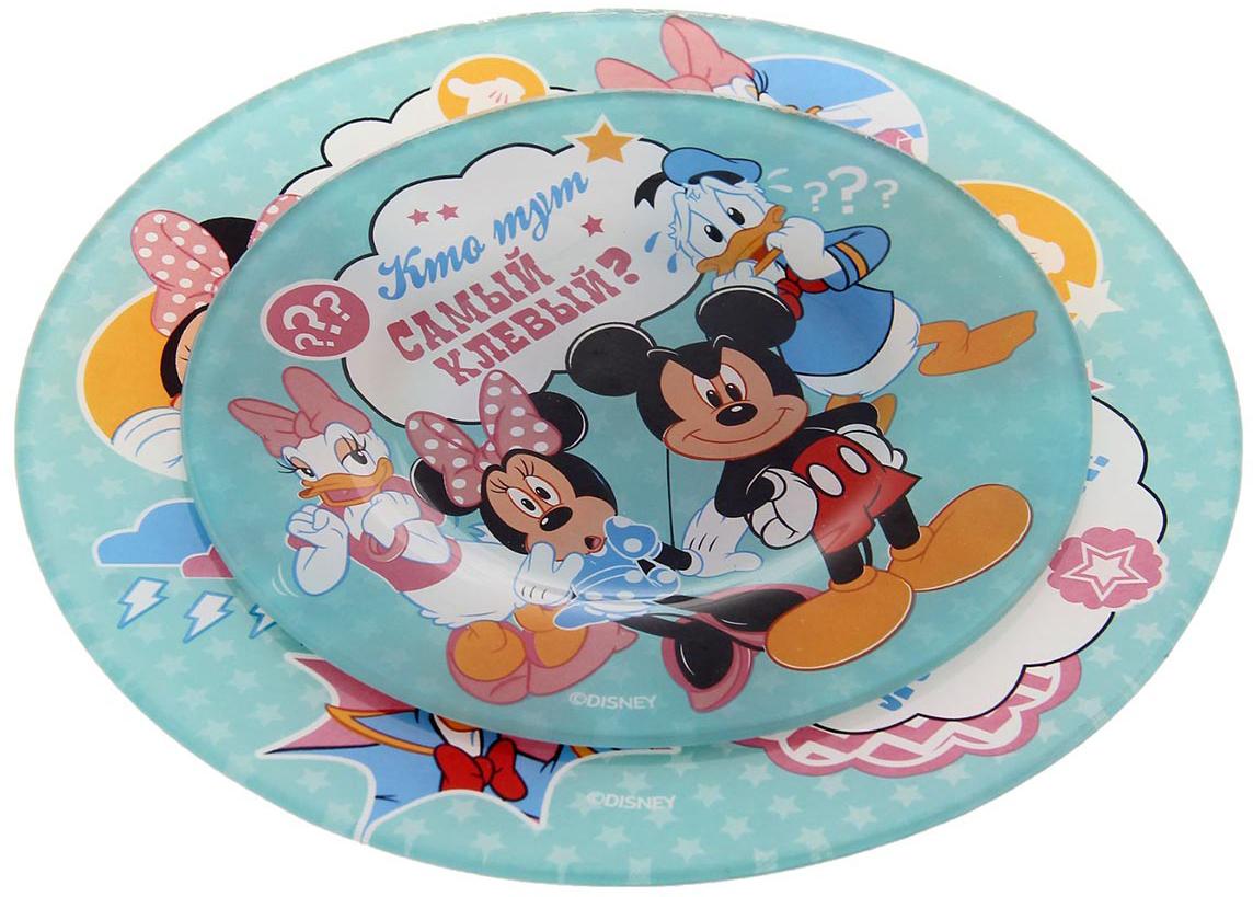Набор тарелок Disney Самый клевый. Микки Маус и друзья, 2 шт1229684Ваш малыш плохо кушает? Все потому, что у него до сих пор нет такой яркой и веселой посуды с замечательными и любимыми героями мультфильмов Disney! В наборе: тарелка 20 см, тарелка 15 см. Изделия рассчитаны на детские порции и покрыты красочными рисунками, которые придутся по душе вашему малышу и будут радовать его каждый день. Отныне каждая трапеза будет приносить море удовольствия! Вся посуда — это лицензионный товар, выполненный с учетом всех норм качества. Изделия упакованы в подарочную коробочку с бонусом на обороте. К тарелкам можно подобрать кружки или наборы посуды с героями Disney.
