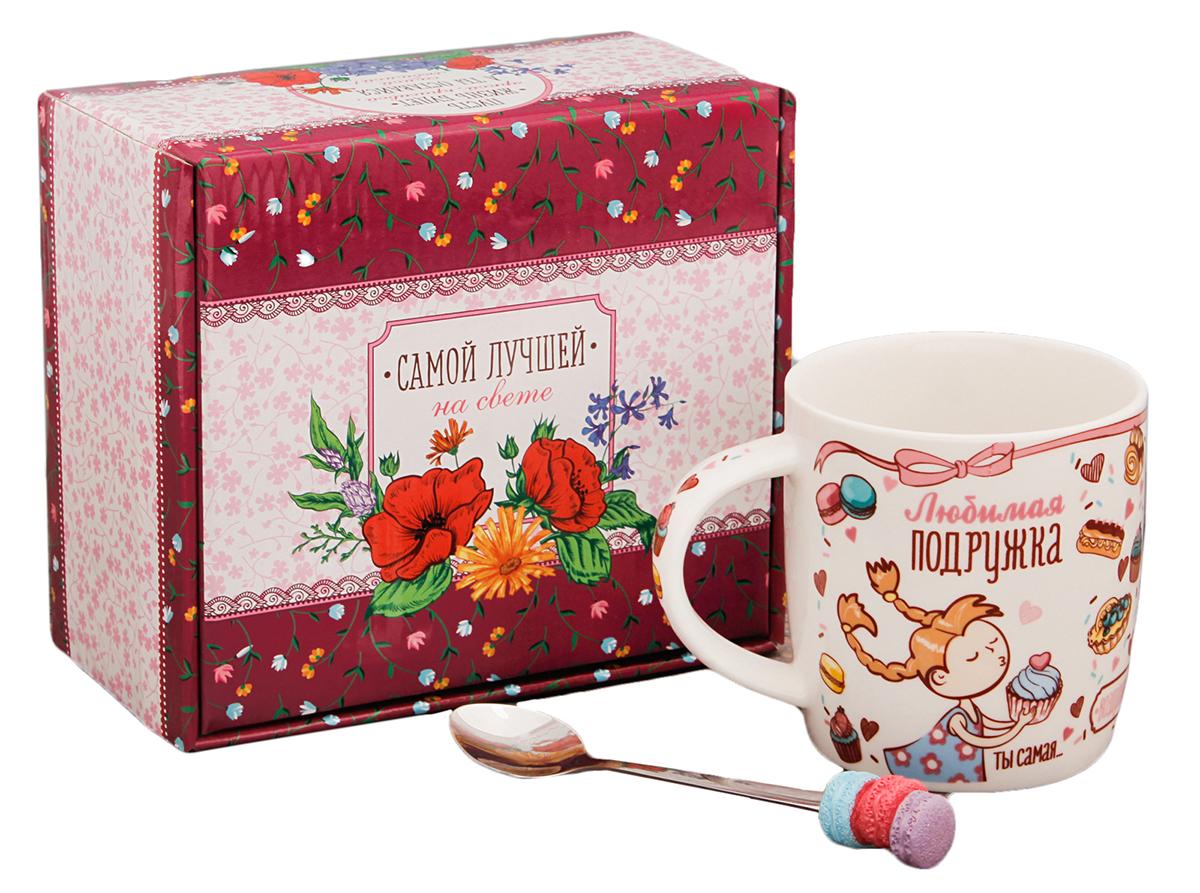 Кружка Sima-Land Любимой подружке, с ложкой, 300 мл2433984Аккуратная ложечка с декоративным элементом позволит совмещать чаепитие с наслаждением от вкусного десерта, в любое время и в любом месте. Набор дополнен яркой подарочной упаковкой.
