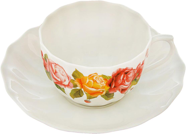Чайная пара Sima-Land Розы , 200 мл2448889Яркий, неповторимый набор создан, чтобы моментально поднимать настроение и дарить радость. А любой напиток станет вкуснее, если пить его из такой посуды. Комплект с благородным дизайном изготовлен из фарфора. Это отличный подарок, который придется по душе всем любителям чая или кофе.