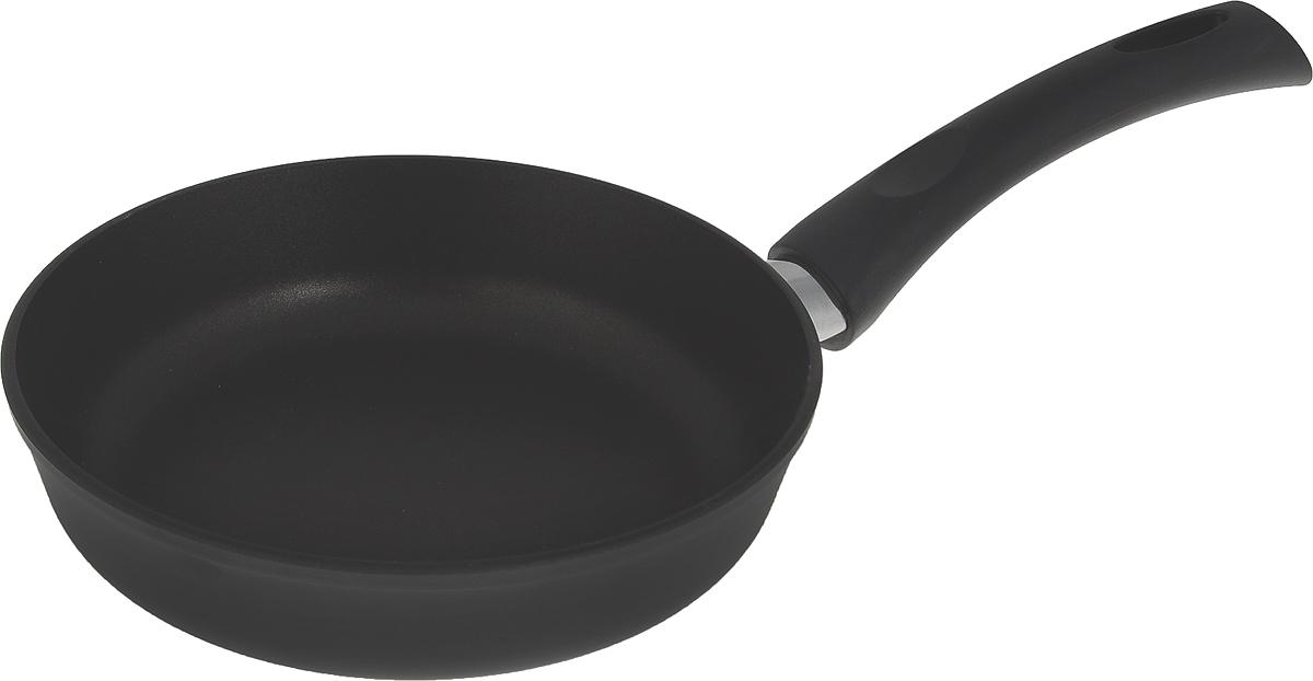 Сковорода литая Нева Металл Посуда Особенная с 4-х слойным антипригарным покрытием, диаметр 20 см. 91209120Сковорода Особенная из серии литой алюминиевой посуды с полимер-керамическим антипригарным покрытием повышенной износостойкости ТИТАН. Вы можете пользоваться металлическими столовыми приборами, готовя в ней пищу. 4-слойная антипригарнвя полимер-керамическая система ТИТАН ПК обладает повышенной износостойкостью, достигаемой за счет особой структуры и специальной технологии нанесения. Это собственная запатентованная разработка компании, не имеющая аналогов в России. Прототип покрытия применялся при постройке космического корабля Буран и орбитальных спутников. В состав системы ТИТАН ПК входят антипригарные слои на водной основе. Система ТИТАН ПК традиционно производится БЕЗ использования PFOA (перфтороктановой кислоты). Равномерно нагревается за счет особой конструкции корпуса по принципу золотого сечения, толстых стенок (4-4,5 мм) и ещё более толстого дна (6-8 мм). Приготовленная еда получается особенно вкусной благодаря специфическим термоаккумулирующим свойствам литого алюминия. Корпус, отлитый вручную, практически не подвержен деформации даже при сильном нагреве.Подходит для газовых, электрических и стеклокерамических плит. Посуду можно мыть в посудомоечной машине. Не боится царапин!Гарантия 3 года. При соблюдении правил эксплуатации срок службы не ограничен. Характеристики:Материал: алюминий. Диаметр сковороды: 20 см. Высота стенки: 5,2 см. Длина ручки: 18 см. Диаметр дна: 14,2 см. Толщина стенок: 4 мм. Толщина дна: 6 мм. Производитель: Россия. Размер упаковки: 38 см х 21 см х 5,2 см. Артикул: 9120.