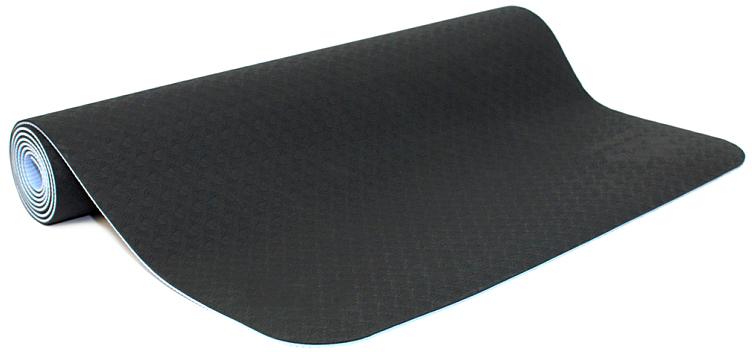 Коврик для йоги и фитнеса Ojas Shakti , цвет: серый, 60 х 0,4 х 183 см2000102671205Экологичный, гипоаллергенный коврик для йоги стандартной толщины, значительно легче любого другого коврика этих габаритов. Толщина 4 мм обеспечивает небольшой объем коврика и малый вес, при этом не в ущерб упругости и теплоизоляции. Сделан по технологии TPE (thermal plastic elastomer). Разное рифление поверхностей обеспечивает чуть разное качество сцепления с ладонями или с полом. Дело даже не в собственно трении, а в ощущении фактуры коврика под ладонями. Вы можете сами выбрать ту поверхность для регулярных занятий, которая для вас наиболее комфортна. Одна сторона имеет более светлый тон, чем другая, и вы можете чередовать рабочие поверхности сообразуясь с вашим текущим настроением. Обе поверхности имеют примерно идентичные свойства и могут быть использованы для практики.Преимущества: уникальное сцепление, разные цвета поверхностей, легкость, отличная теплоизоляция, небольшой объем, упругость.