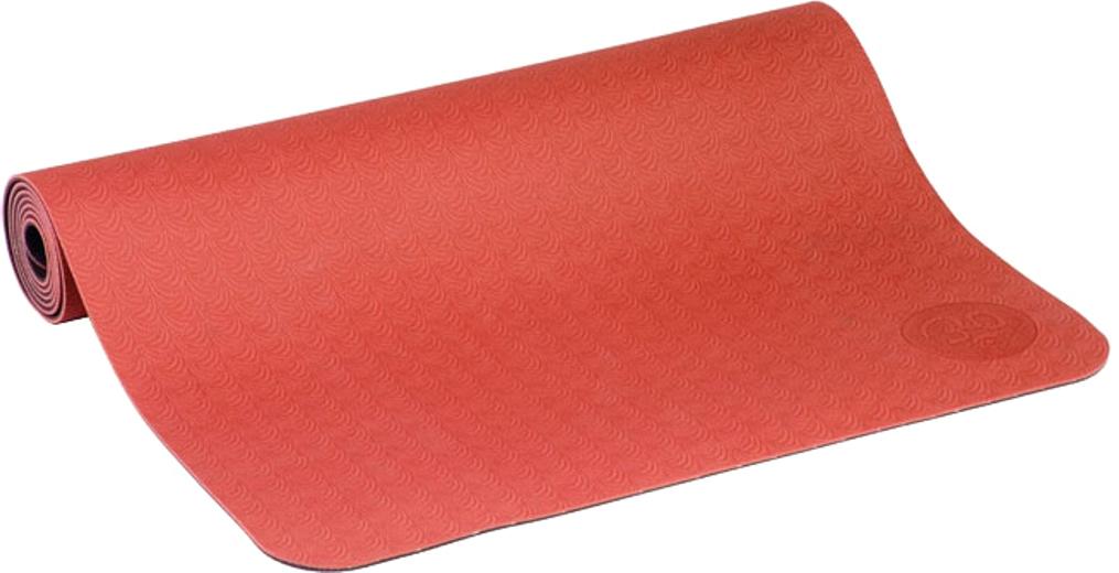 Коврик для йоги и фитнеса Bodhi Lotus Pro Light, цвет: красный, 60 х 0,4 х 183 см2000102728701Lotus Pro признан элитным ковриком для йоги. Это очень липкий йога-мат для занятий йогой, пилатесом. Технология TPE гарантирует отсутствие соединений хлора при производстве и считается довольно экологичным. Поверхность двусторонняя с различным рельефом, очень мягкая. Она обеспечивают отличные противоскользящие свойства. Упругий, мягкий, толстый коврик предохранит твердые части тела при упорах на жестком полу в зале. На коврике выдавлен знак ОМ. Коврик очень легкий, весит всего 1200 грамм.Легкий и прочный, этот коврик будет вашим надежным спутником как при регулярной практике в йога-центре, так и в путешествиях. Lotus очень часто выбирают девушки и женщины, насыщенные расцветки и невероятно приятный материал, в который влюбляешься с первого прикосновения.