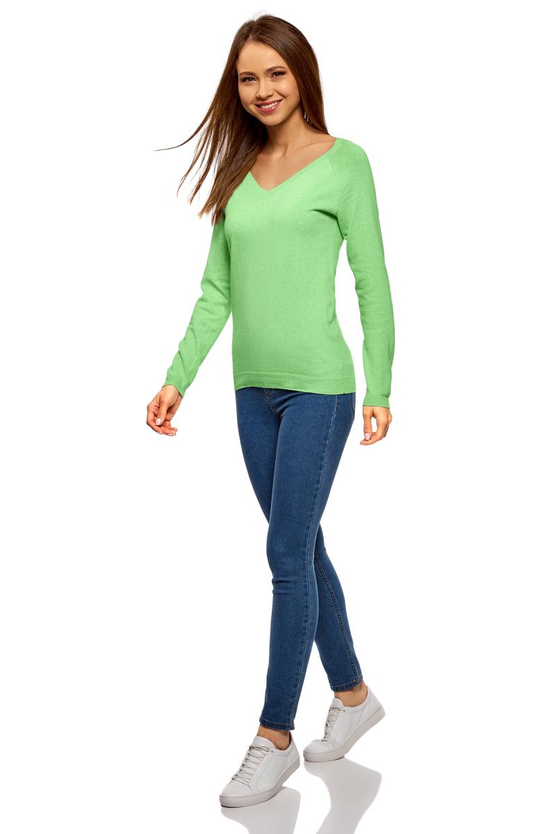 Пуловер женский oodji Ultra, цвет: светло-зеленый меланж. 63812633B/46192/6000M. Размер XXL (52)63812633B/46192/6000MЖенский пуловер oodji Ultra выполнен из высококачественного материала. Модель с длинными рукавами и V-образным вырезом горловины.