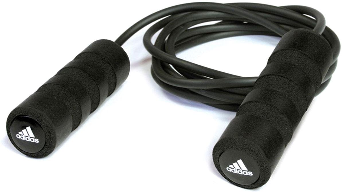 Скакалка Adidas, цвет: черный, 3 мADRP-12234Дизайн old-school, полноразмерные удобные мягкие рукоятки делают скакалку идеальным партнером для тренировок. Благодаря изменяемой длине вы можете разнообразить тренировку и приспособить для своих целей: использовать короткую скакалку для быстроты или длинную – для высоких прыжков. Встроенные подшипники преобразуют ваше усилие в скорость скакалки. Длина 3 м. Регулируется под рост пользователя.Легкие удобные рукоятки.