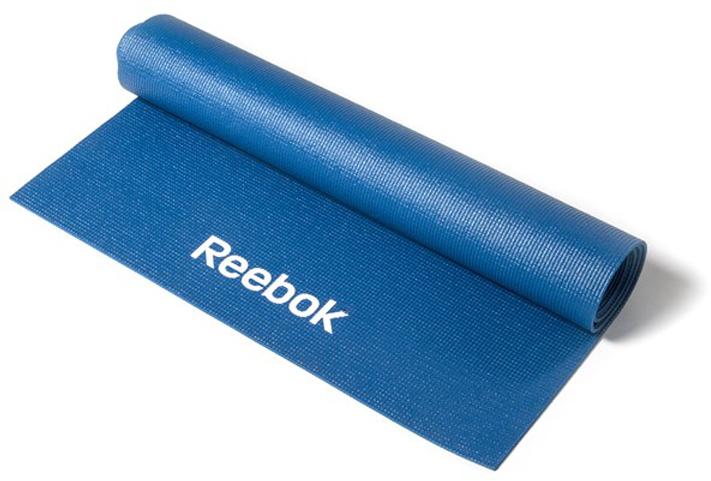 Тренировочный коврик для йоги Reebok, цвет: синий, толщина 4 ммRAYG-11022BLОтличительной чертой является нескользящая липкая текстура покрытия, играющая огромную роль при выполнении более сложных балансов на одной ноге, таких как, например, захват большого пальца ноги стоя. Неважно, новичок ли вы или практикуете йогу давно, вы знаете, насколько важно обеспечить мягкую поддержку ступням, коленям и рукам на протяжении всей тренировки. В то же время, мат не должен быть слишком толстым, он должен оставаться легким, компактным и удобным для переноски и хранения. Сочетающий мягкость и легкость мат Reebok толщиной 4 мм - это оптимальный выбор.Мат с размерами 173 x 61 см удобен для выполнения любых поз, создает приятное ощущение рукам и ступням, легок в уходе и чистке.Материал, толщина, текстура - очень важные критерии при выборе подходящего мата, но не менее важны цвет и дизайн, особенно если вы ищете мат, сочетающийся с вашей одеждой для йоги. Качественный и красивый мата стильного синего цвета - вы точно будете выделяться на тренировке! Мягкое и удобное покрытие для тренировок на твердых поверхностях.Легко чистить.Нескользящая поверхность помогает удерживать позу.Мат для йоги из серии Reebok Yoga.