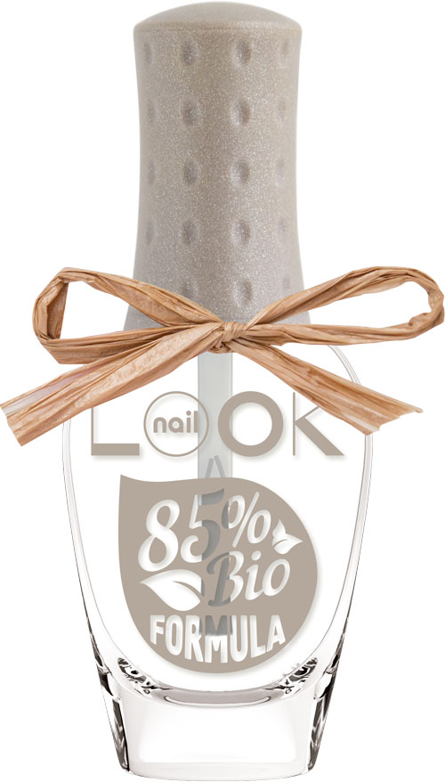 nailLOOK Верхнее покрытие для ногтей BIO Formula Polish, тон Top Coat, 8,5 мл31602BIO Top Coat-уникальный растительный состав защищает ногти от негативного воздействия окружающей среды и токсинов. Топ придает дополнительный глянцевый блеск маникюру, обеспечивает быстрое высыхание и защиту лака от выцветания, за счет UV-фильтра в составе. Формула топа позволяет дышать и пропускать воду. Стойкость маникюра с топом до 7 дней.