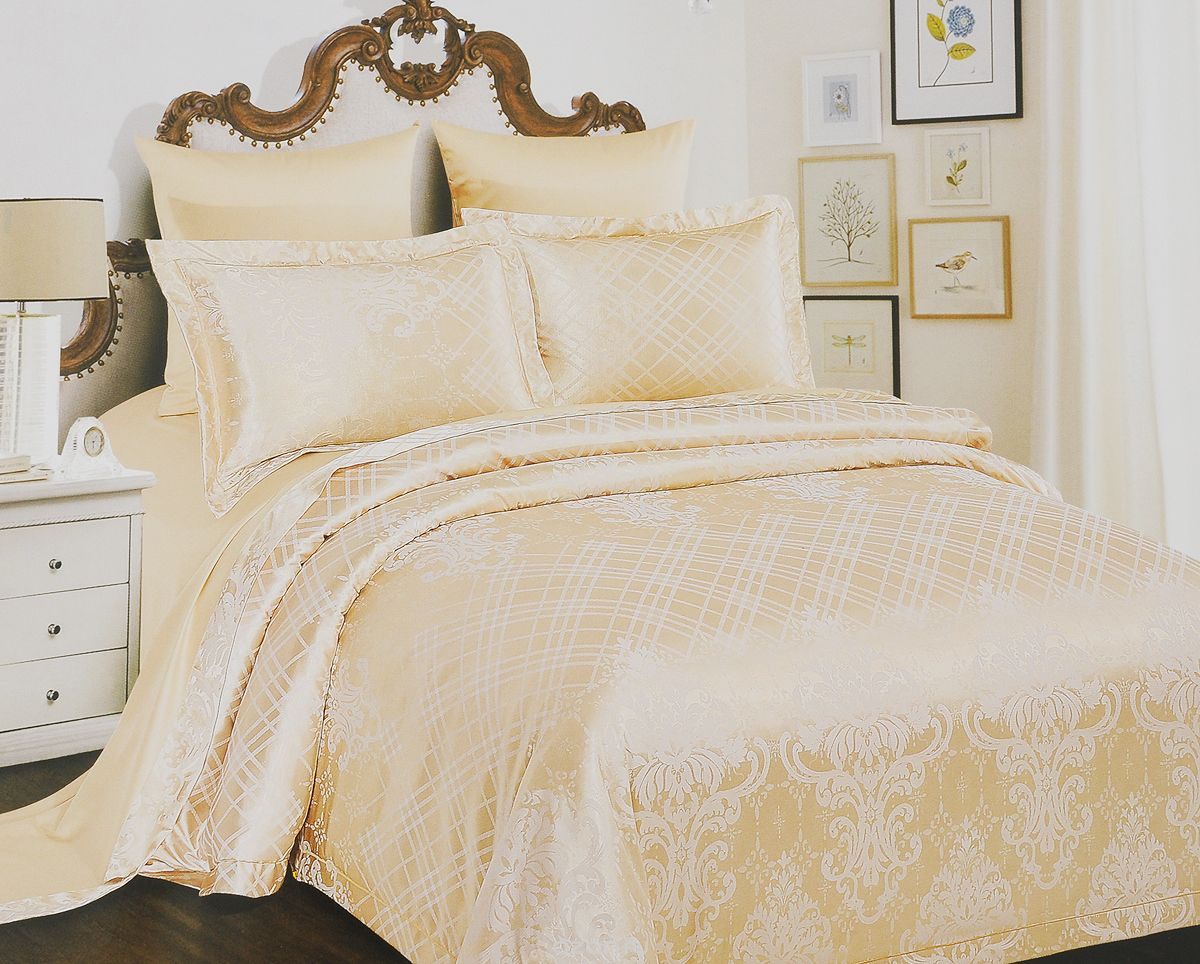 Комплект белья Arya Perla, 2-спальный, наволочки 50x70, 70x70, цвет: бежевыйTR1002285Роскошный комплект постельного белья Arya Perla состоит из пододеяльника, простыни и двух наволочек, выполненных из сатина (100% хлопка). Сатин - прочная и плотная ткань с диагональным переплетением нитей. Сатиновое постельное белье легко переносит стирку в горячей воде, не выцветает, не соскальзывает с кровати и приятно на ощупь.Благодаря такому комплекту постельного белья вы создадите неповторимую атмосферу в вашей спальне.Советы по выбору постельного белья от блогера Ирины Соковых. Статья OZON Гид