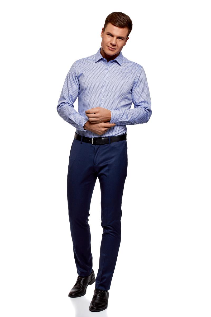 Рубашка мужская oodji Lab, цвет: голубой, темно-синий. 3L110311M/47778N/7079O. Размер 40-182 (48-182)3L110311M/47778N/7079OРубашка от oodji выполнена из натурального хлопка в мелкую графику. Модель приталенного кроя с длинными рукавами и отложным воротником застегивается на пуговицы.
