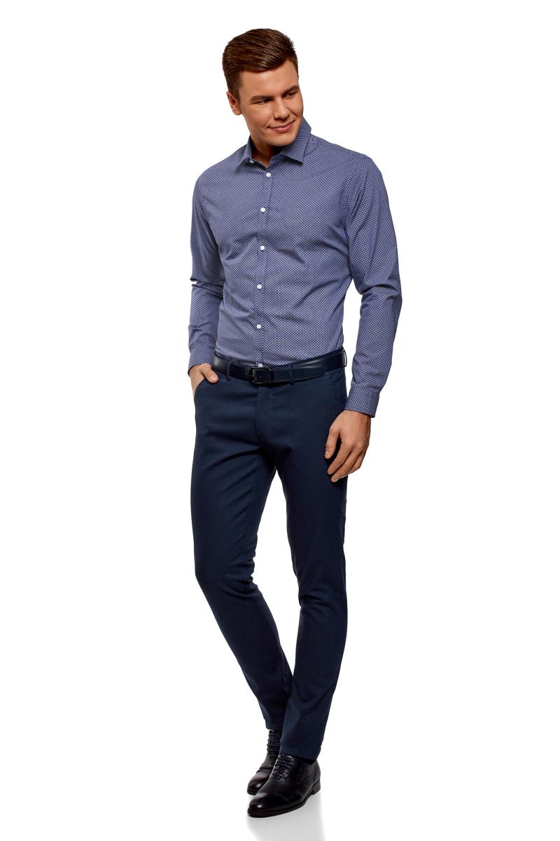 Рубашка мужская oodji Lab, цвет: темно-синий, белый. 3L110300M/19370N/7910G. Размер 39-182 (46-182)3L110300M/19370N/7910GРубашка от oodji выполнена из натурального хлопка в мелкую графику. Модель приталенного кроя с длинными рукавами и отложным воротником застегивается на пуговицы.