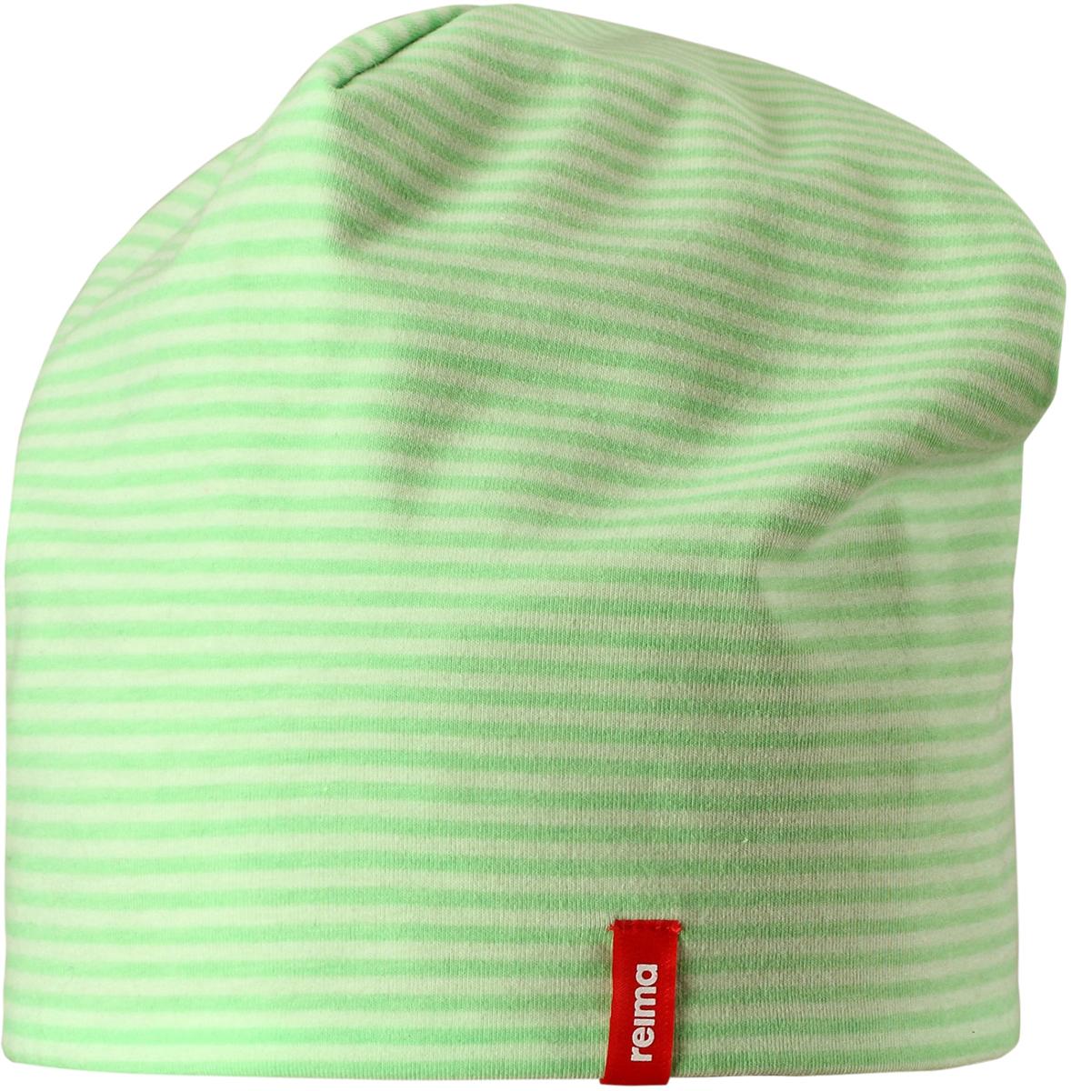 Шапка детская Reima, цвет: зеленый. 5285838462. Размер 565285838462Легкая двусторонняя шапка от Reima изготовлена из хлопка с добавлением полиэстера и эластана. Озорная двухсторонняя шапка меняет цвет в одно мгновение!