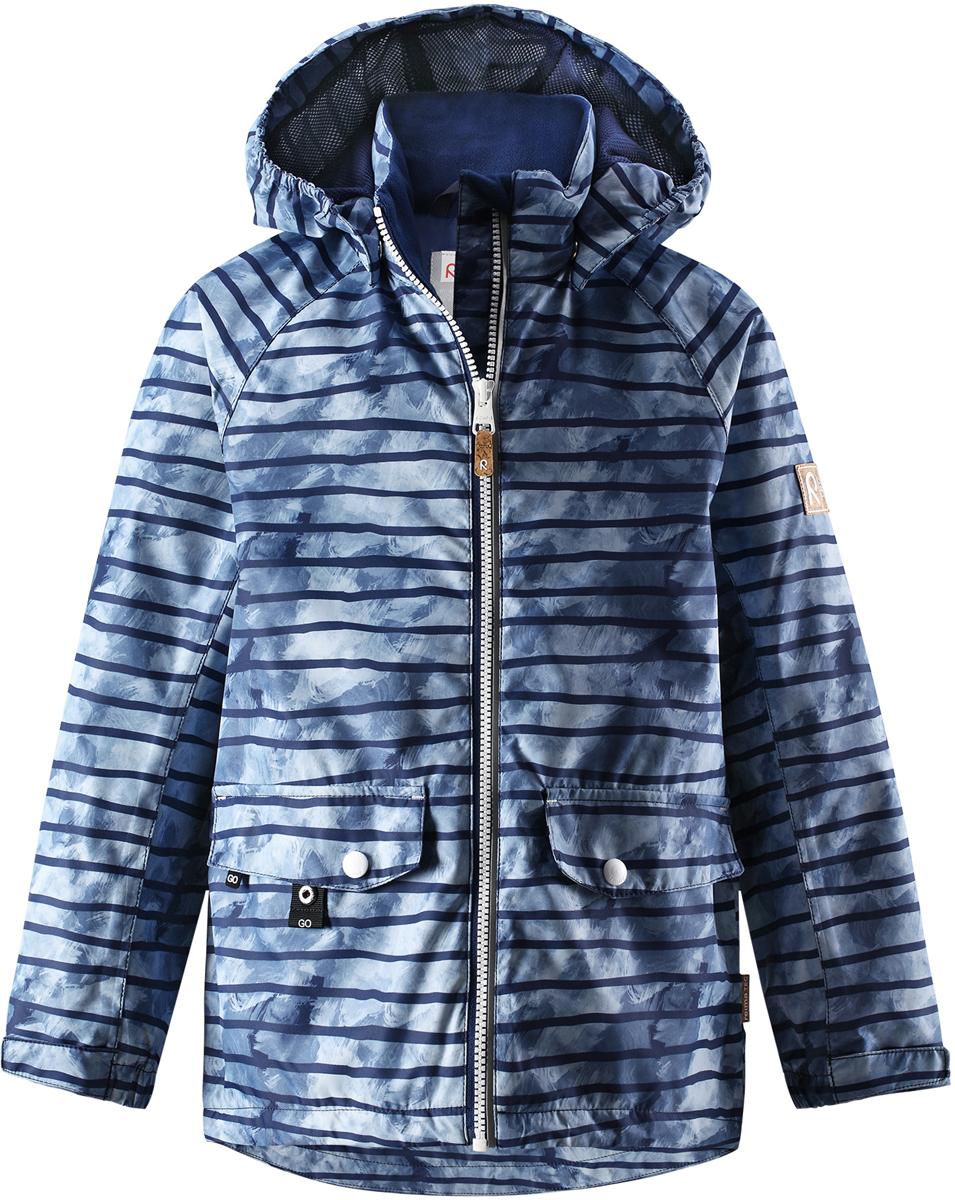Куртка для мальчика Reima, цвет: голубой. 5215376846. Размер 1045215376846Куртка для мальчика от Reima выполнена из полиэстера с полиуретановым покрытием. Модель с воротником стойкой и съемным капюшоном застегивается на застежку-молнию. Капюшон пристегивается с помощью кнопок. Спереди расположены прорезные карманы с клапанами. Низ рукавов дополнен хлястиками на липучках.