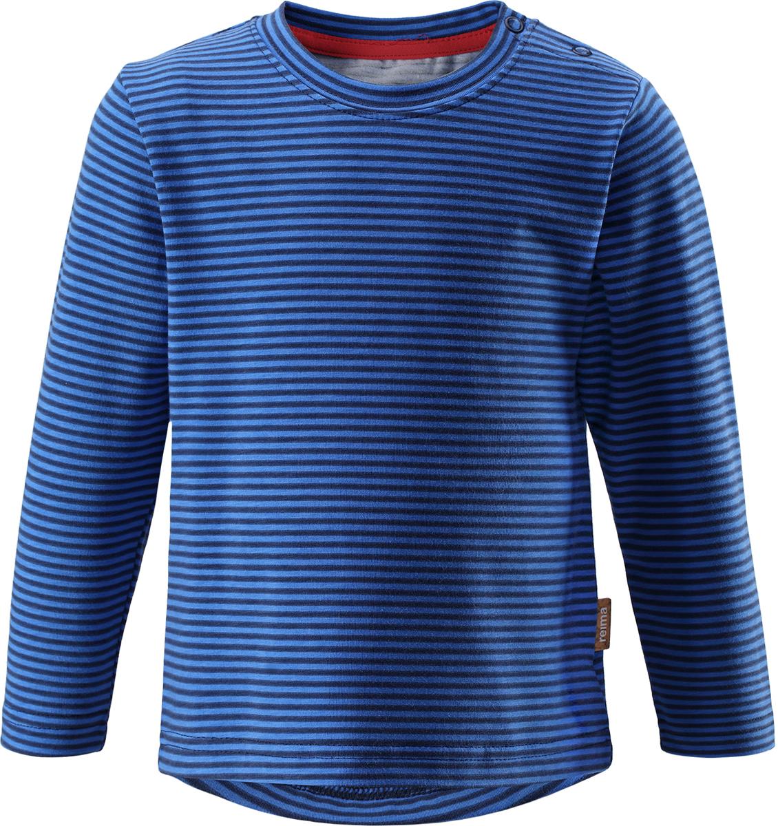 Футболка с длинным рукавом детская Reima, цвет: синий. 5163376984. Размер 1225163376984Детская футболка с длинным рукавом Reima выполнена из хлопка с добавлением полиэстера и эластана. Модель с круглым вырезом горловины оформлена принтом в полоску. С одной из боковых сторон вдоль линии плеча расположены застежки-кнопки.