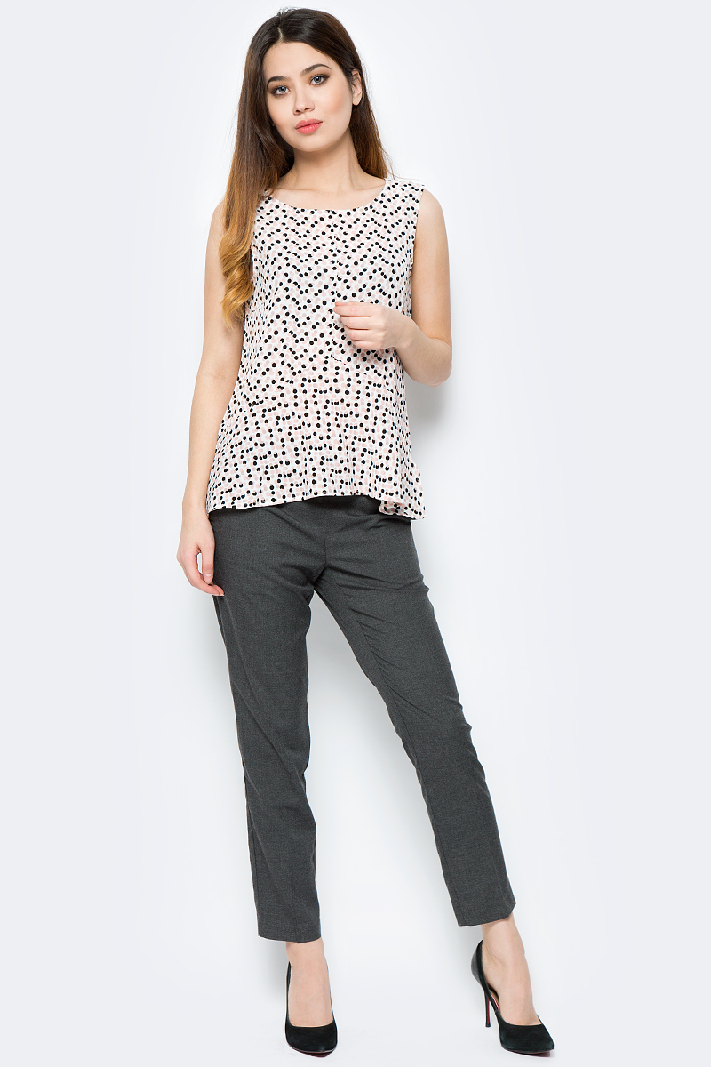Блузка женская Sela, цвет: молочный. Twsl-112/789-8121. Размер 48Twsl-112/789-8121Стильная блузка от Sela выполнена из полиэстера с эластаном. Модель с круглым вырезом горловины, без рукавов. Оформлена принтом в разноцветный горошек.