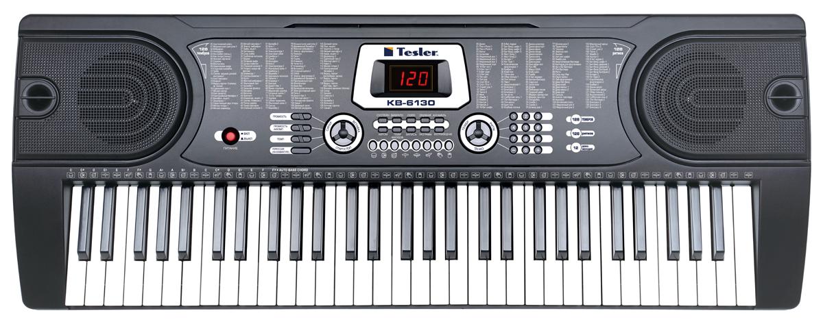 Tesler KB-6130, Black цифровой синтезатор4627116923021Наш синтезатор работает как от внешнего источника питания, так и от батареек( 6 штук 1,5 В тип АА). На нем можно создавать, записывать и проигрывать собственную музыку. На нем пять октав, для основных произведений будет хватать.Интерфейс у синтезатора простой и понятный, слева- тембр, справа - ритм. Их можно переключать с помощью набора номера или клавиш + и -. Так же можно изменять громкость звучания и аккомпанемента, увеличивать или уменьшать темп.Для новичков есть три обучающие программы с демо мелодиями.