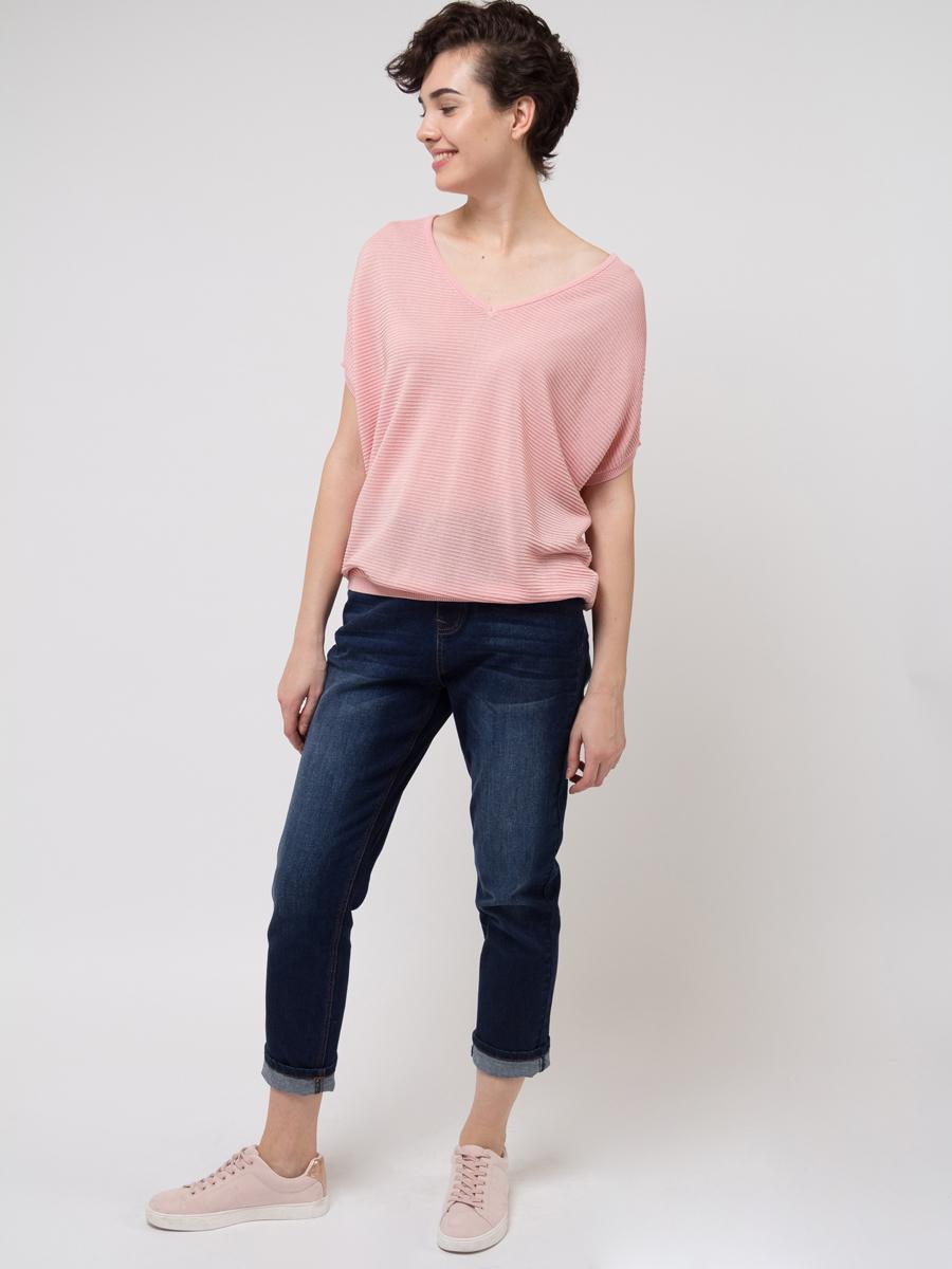 Джемпер женский Sela, цвет: светло-розовый. JRs-114/697-8111. Размер M (46)JRs-114/697-8111Джемпер женский Sela выполнен из вискозы и полиэстера. Модель с V-образным вырезом горловины и короткими рукавами.