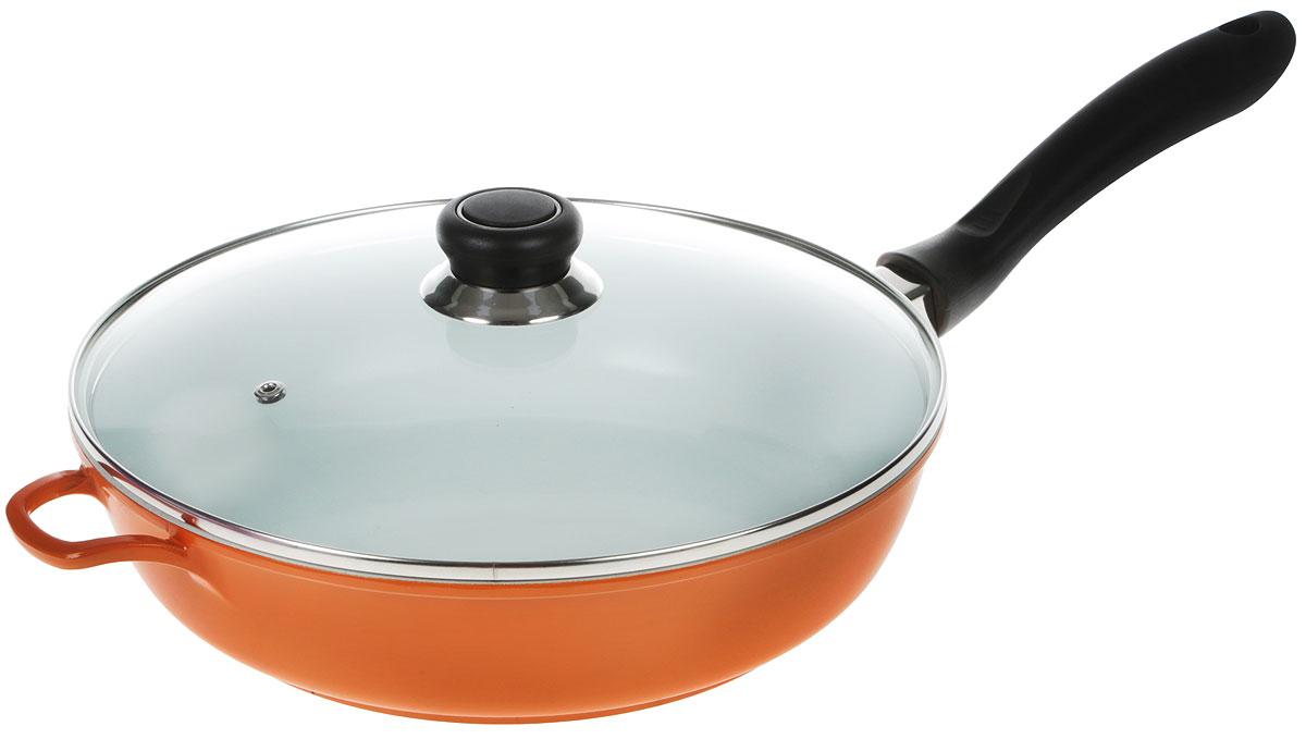 Сковорода Bohmann, с крышкой, с керамическим покрытием, цвет: белый, оранжевый. Диаметр 28 см7528BHWCR_белый, оранжевыйСковорода Bohmann изготовлена из литого алюминия с керамическим покрытием. Внешнее покрытие - жаростойкий лак оранжевого цвета, который сохраняет цвет долгое время и обладает жироотталкивающими свойствами. Благодаря керамическому покрытию пища не пригорает и не прилипает к поверхности сковороды, что позволяет готовить с минимальным количеством масла. Кроме того, такое покрытие абсолютно безопасно для здоровья человека, так как не содержит вредной примеси PTFE. Достоинства керамического покрытия: - устойчивость к высоким температурам и резким перепадам температур, - устойчивость к царапающим кухонным принадлежностям и абразивным моющим средствам, - устойчивость к коррозии, - водоотталкивающий эффект, - покрытие способствует испарению воды во время готовки, - длительный срок службы, - безопасность для окружающей среды и человека. Сковорода быстро разогревается, распределяя тепло по всей поверхности, что позволяет готовить в энергосберегающем режиме, значительно сокращая время, проведенное у плиты. Ручка, выполненная из пластика, не нагревается в процессе готовки и обеспечивает надежный хват. Крышка изготовлена из жаропрочного стекла, оснащена ручкой, отверстием для выпуска пара и металлическим ободом. Благодаря такой крышке можно следить за приготовлением пищи без потери тепла. Можно готовить на газовых, электрических, стеклокерамических, галогенных и индукционных плитах. Подходит для чистки в посудомоечной машине.Высота стенки: 7 см.Толщина стенки: 5 мм.Длина ручки: 18 см.Диаметр дна: 22 см.