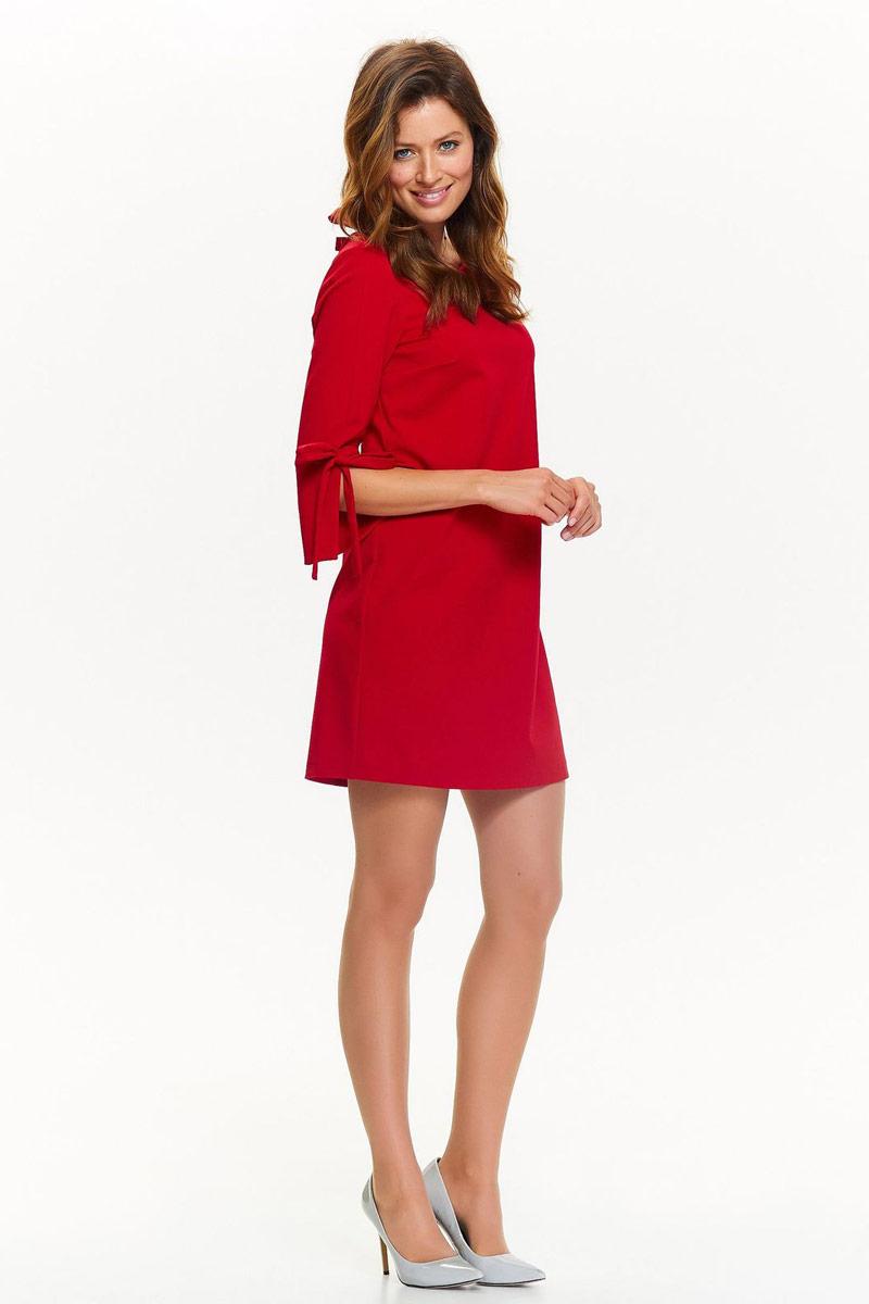 Платье Top Secret, цвет: красный. SSU2006CE. Размер 42 (50)SSU2006CEПлатье Top Secret выполнено из высококачественного материала. Модель с круглым вырезом горловины сзади дополнено завязками.