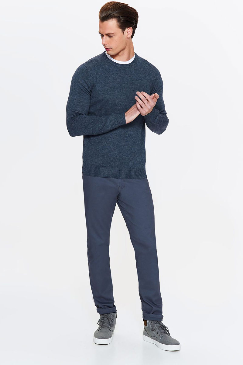 Свитер мужской Top Secret, цвет: темно-синий. SSW2255GRS. Размер XXL (52)SSW2255GRSСвитер мужской Top Secret выполнен из высококачественного материала. Модель с длинными рукавами и круглым вырезом горловины.
