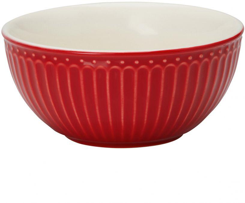 Фарфоровые пиалы Alice red – настоящие помощницы в ежедневной сервировке. Утренняя каша, хлопья с молоком, фруктовые салаты, разнообразные десерты и еще множество блюд, которые так и созданы для пиал Greengate. Небольшие пиалы отлично подходят для варенья, сметаны и соусов, а большие являются полноценными пиалами для первых блюд.  Базовая коллекция Alice создана для идеального сочетания посуды ранних и будущих коллекций Greengate. Впервые появилась в каталогах в 2016 году и с тех пор завоевала миллионы сердец своей универсальностью, насыщенными цветами и разнообразием посудной линейки. Сочный красный цвет Alice red традиционно выигрышно смотрится не только в праздничный зимний период, но и летом, когда яркие краски фруктов, овощей и ягод выгодно подчеркивают сервировку. Сочетать красную посуду Грингейт с изделиями других коллекций не составит особого труда, ведь оттеняя ее серым, можно выгодно подчеркнуть ягодную яркость, а добавив элементы с золотой отделкой, придать сервировке праздничный оттенок.
